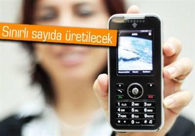 DEVLETİN ZİRVESİ BU TELEFONUN PEŞİNDE