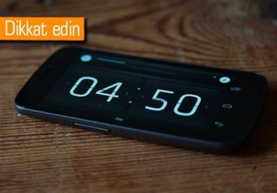 TÜRKİYE'DEKİ AKILLI TELEFON SAHİPLERİNE KIŞ SAATİ UYARISI