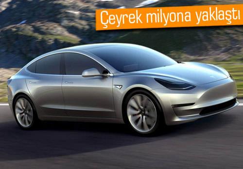 Tesla Model 3 çılgınlığı yaşanıyor!