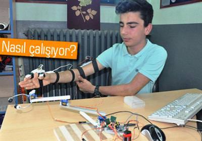 POLİSLERİN GÜVENLİĞİ İÇİN 'ROBOT KOL' GELİŞTİRDİ