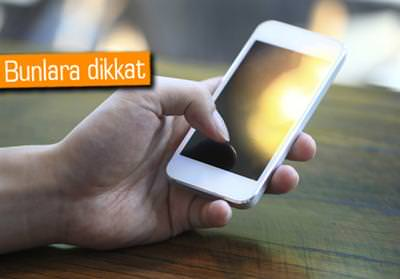DİKKAT EDİN: TELEFONLARI DA GÜNEŞ ÇARPAR